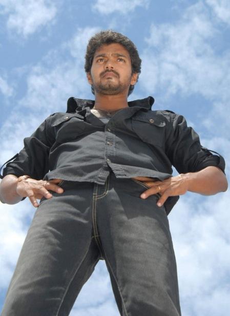 vijay-kuruvi-2